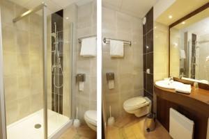 Pose des sanitaires des suites de l'hôtel